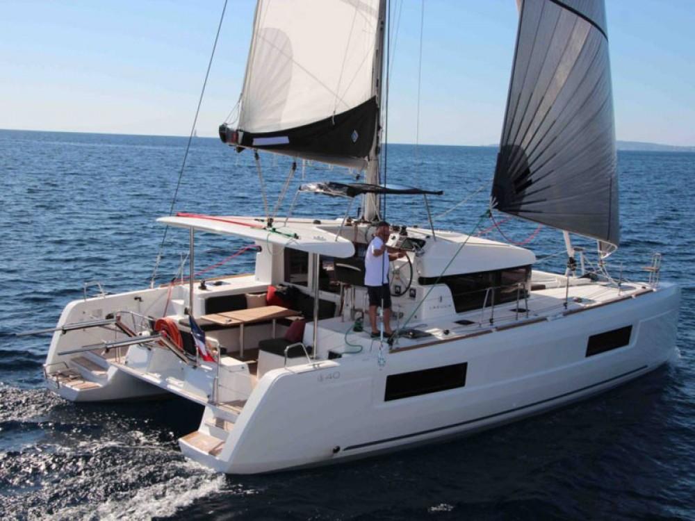 Huur Catamaran met of zonder schipper Lagoon in San Antonio
