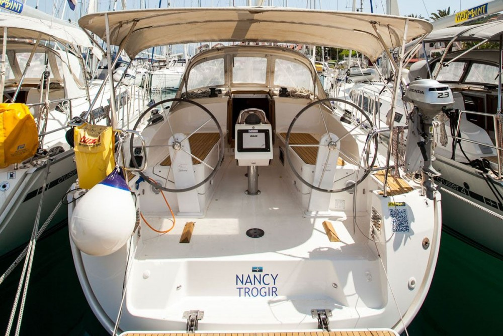 Bootverhuur Bavaria Bavaria Cruiser 37 in ACI Marina Trogir via SamBoat