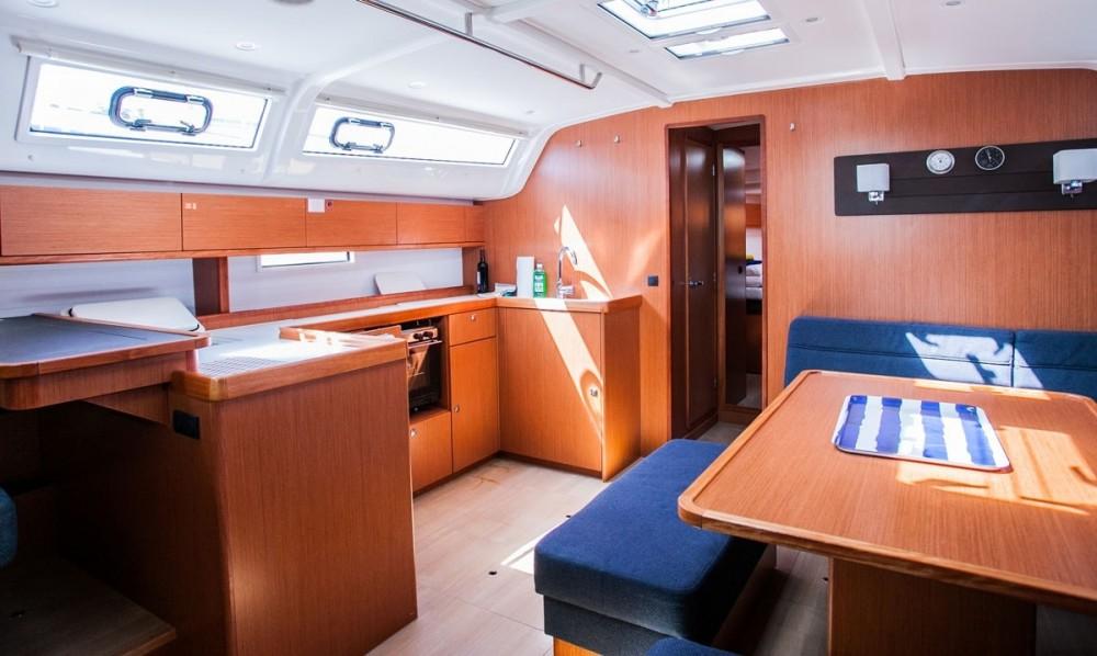Huur een Bavaria Bavaria Cruiser 51 in