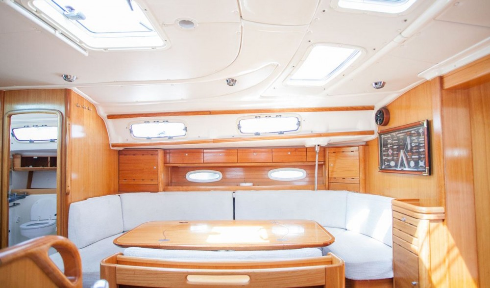 Bootverhuur Bavaria Bavaria 50 Cruiser in Trogir via SamBoat