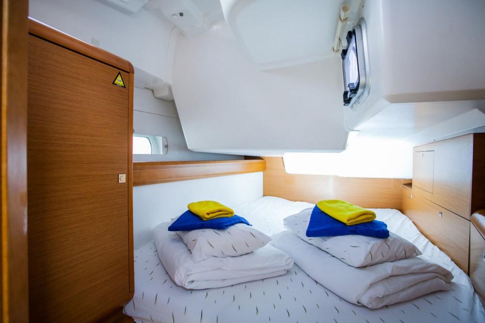 Bootverhuur Jeanneau Sun Odyssey 509 in ACI Marina Trogir via SamBoat