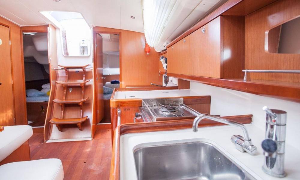 Verhuur Zeilboot in Trogir - Bénéteau Oceanis 40