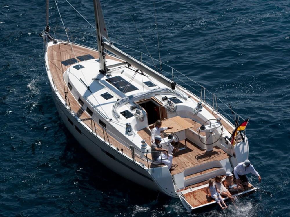Verhuur Zeilboot in Λαύριο - Bavaria Bavaria Cruiser 45