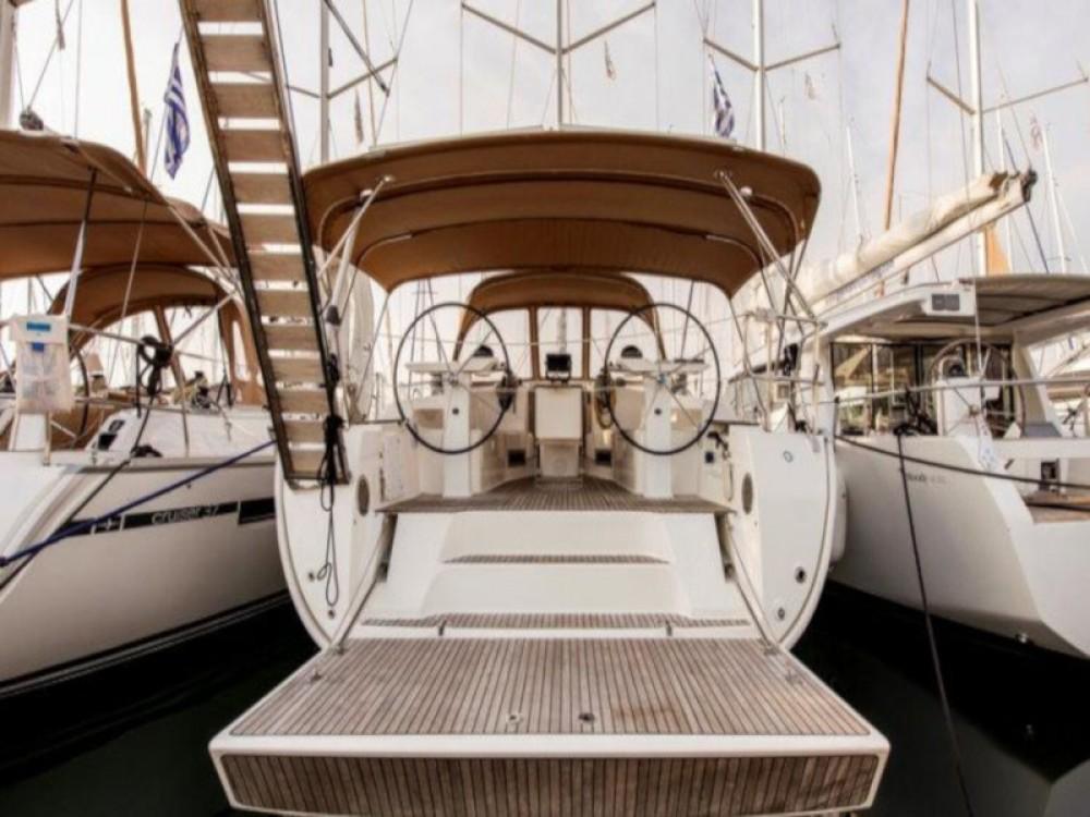 Bavaria Bavaria Cruiser 45 te huur van particulier of professional in Λαύριο