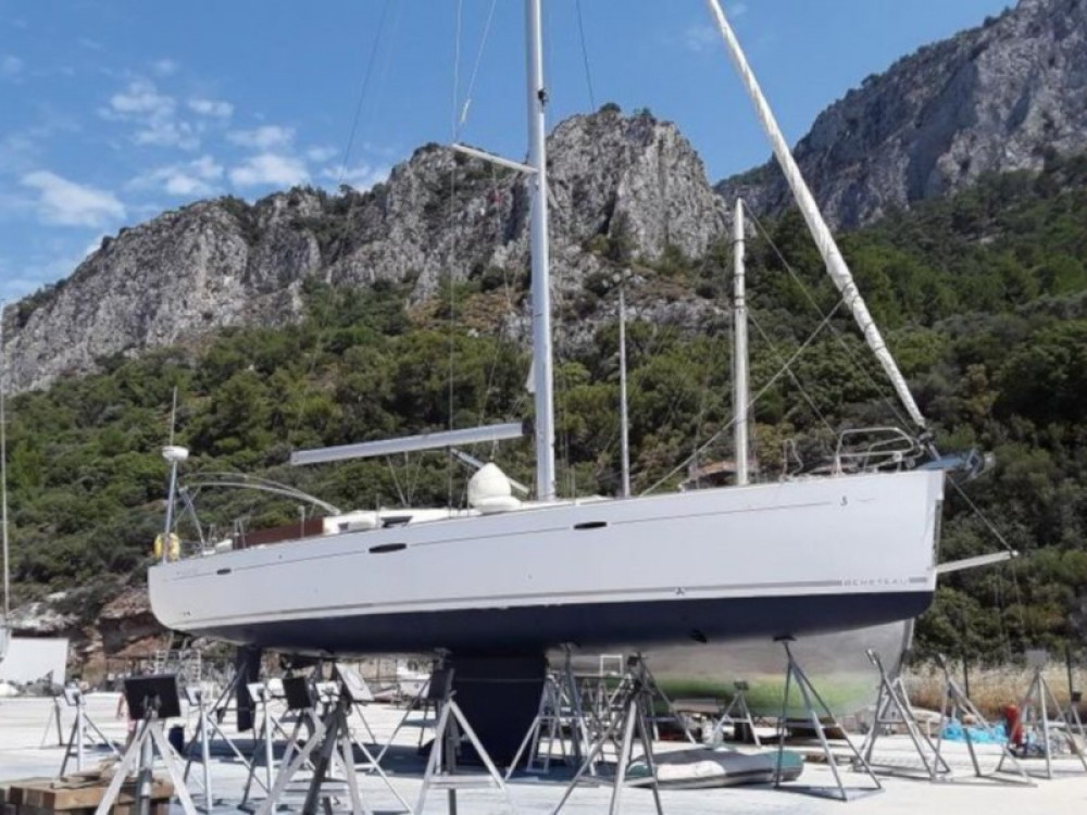 Huur Zeilboot met of zonder schipper Bénéteau in Βόλος