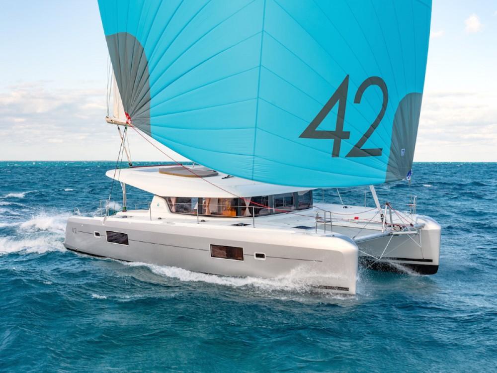 Huur Catamaran met of zonder schipper Lagoon in Áno Sýros