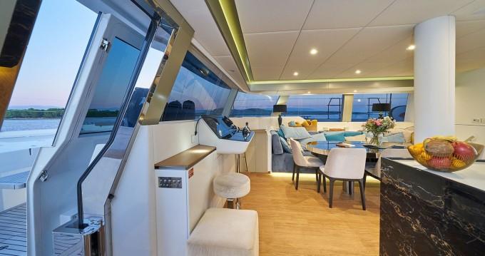 Huur Catamaran met of zonder schipper Sunreef in Kaštel Gomilica