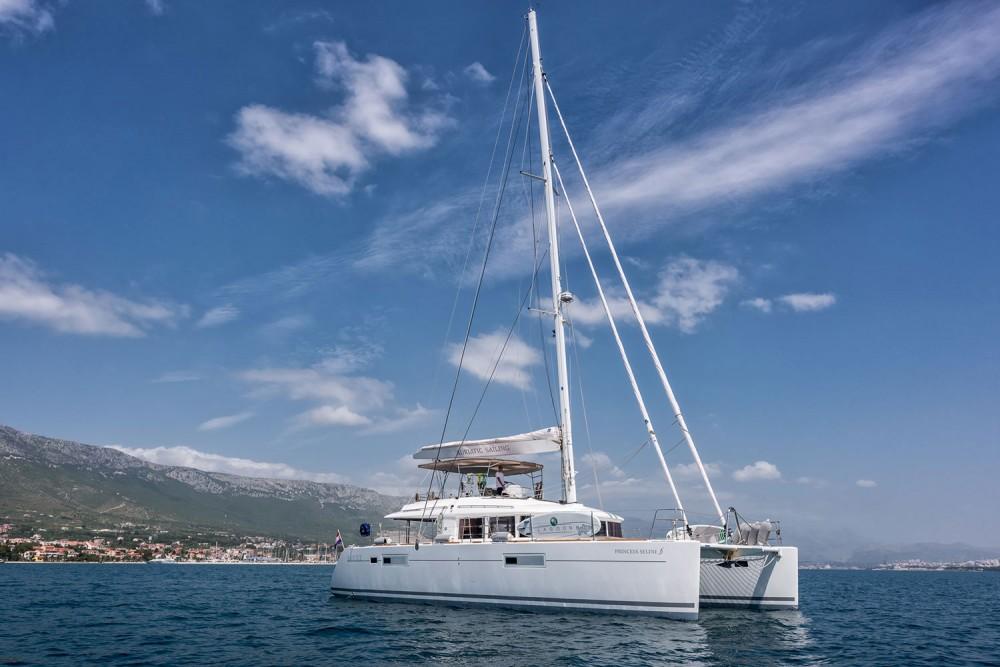 Verhuur Catamaran in Marina Kaštela - Lagoon Lagoon 560 S2