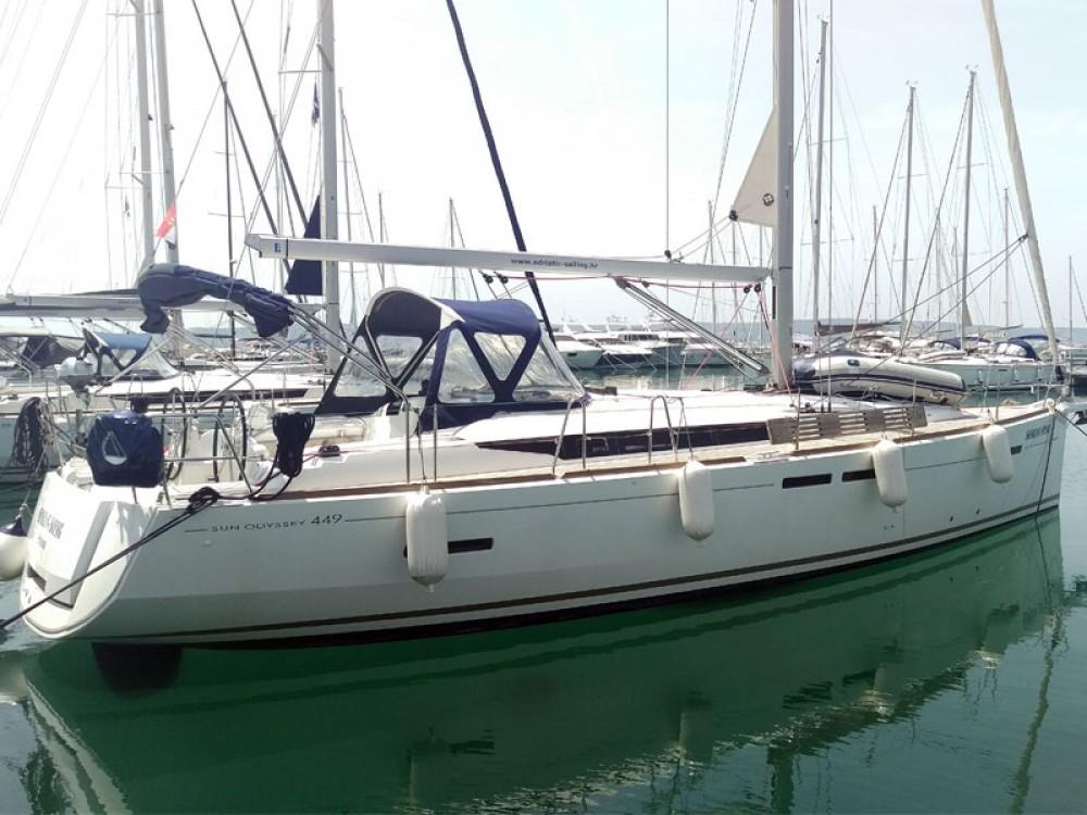 Bootverhuur Jeanneau Sun Odyssey 449 owner version  in Marina Kaštela via SamBoat