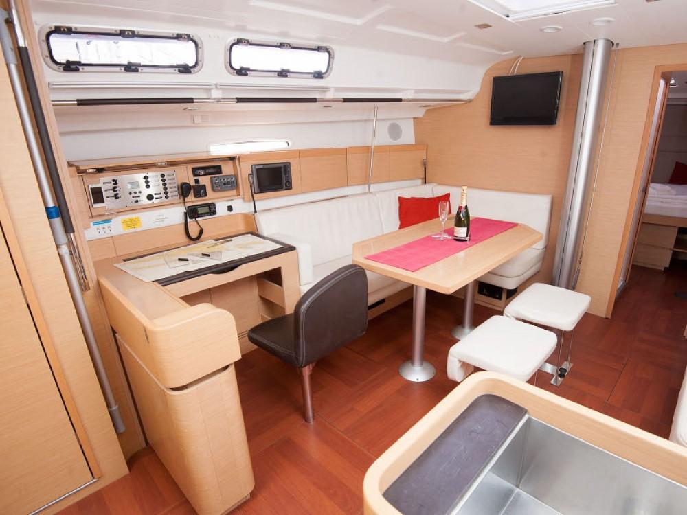 Verhuur Zeilboot in Kaštel Gomilica - Bénéteau Beneteau First 45