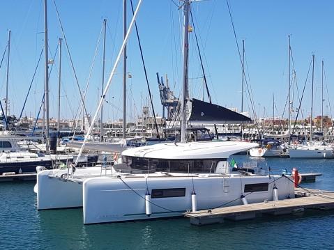Catamaran te huur in Punta Ala voor de beste prijs