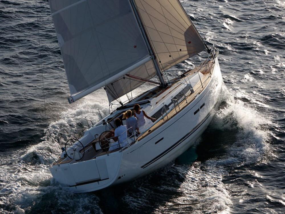 Jachthuur in Marina Gouvia - Dufour Dufour 405 via SamBoat