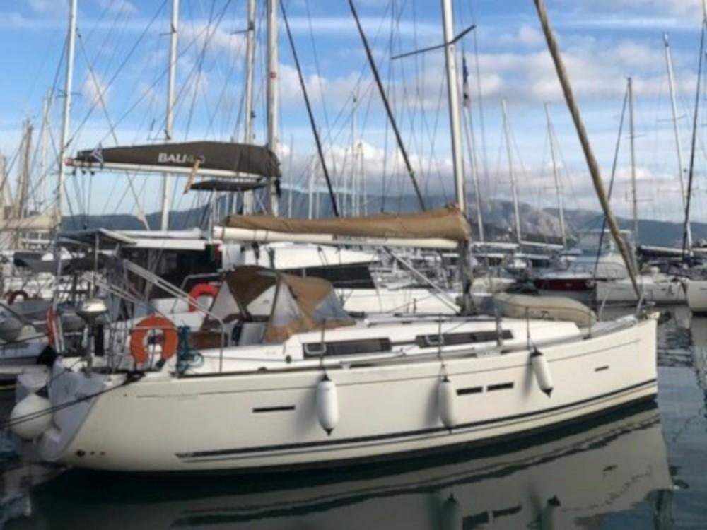 Bootverhuur Dufour Dufour 405 in Marina Gouvia via SamBoat