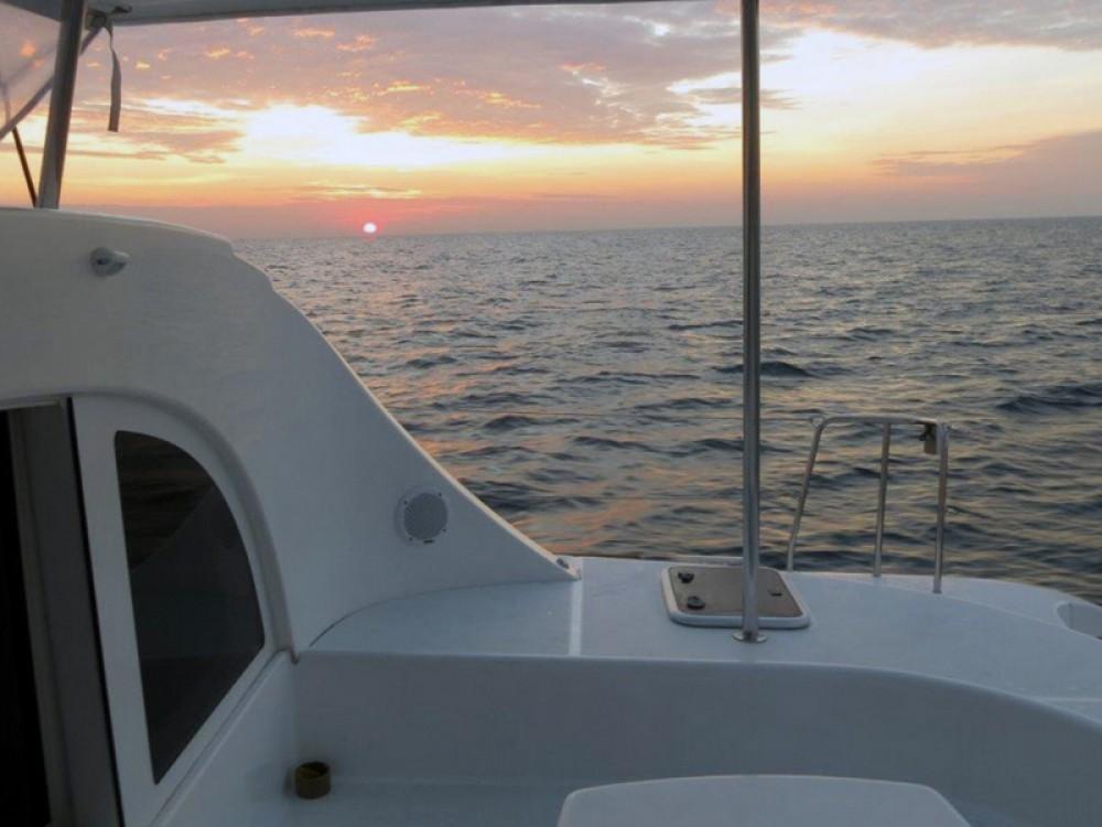 Verhuur Catamaran in  - Lagoon Lagoon 380