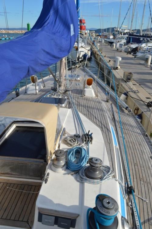 Bootverhuur Castiglione della Pescaia goedkoop Swan 39