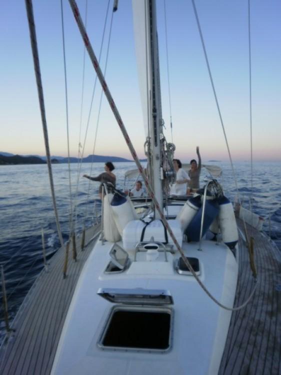 Jachthuur in Castiglione della Pescaia - Jeanneau Sun Odyssey 42 via SamBoat