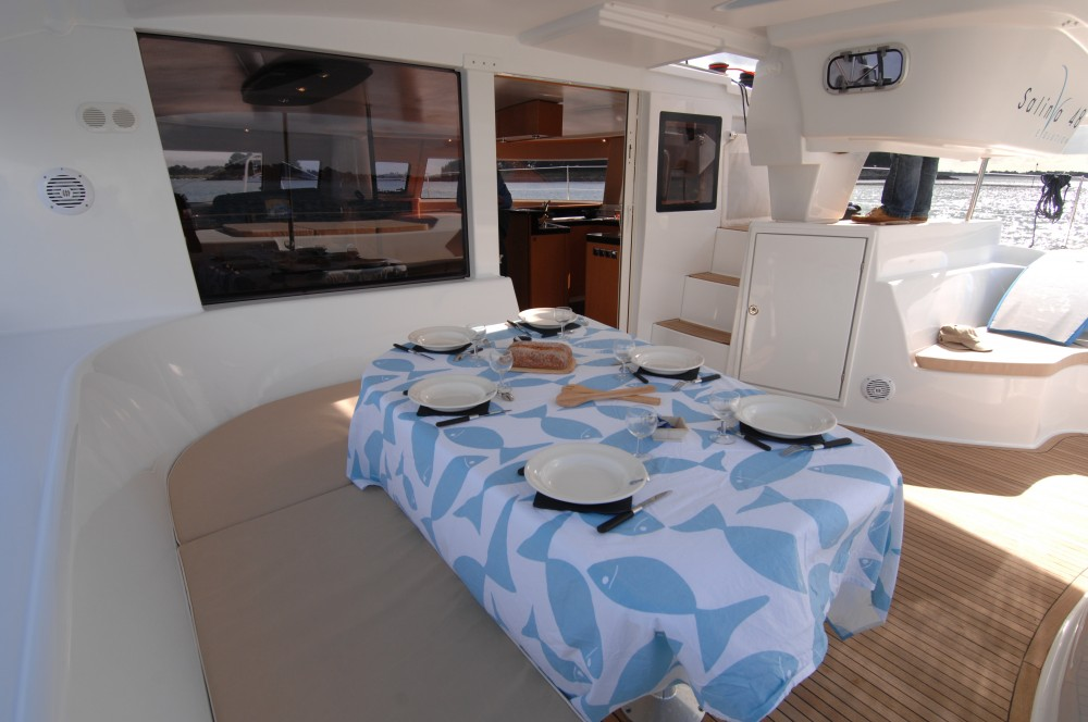 Huur Catamaran met of zonder schipper Fountaine Pajot in