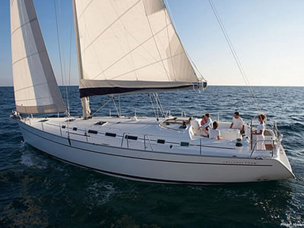 Huur een Bénéteau Cyclades 50.5 in Marina Gouvia