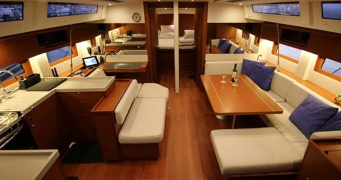 Bootverhuur Murter goedkoop Oceanis 51.1 First Line