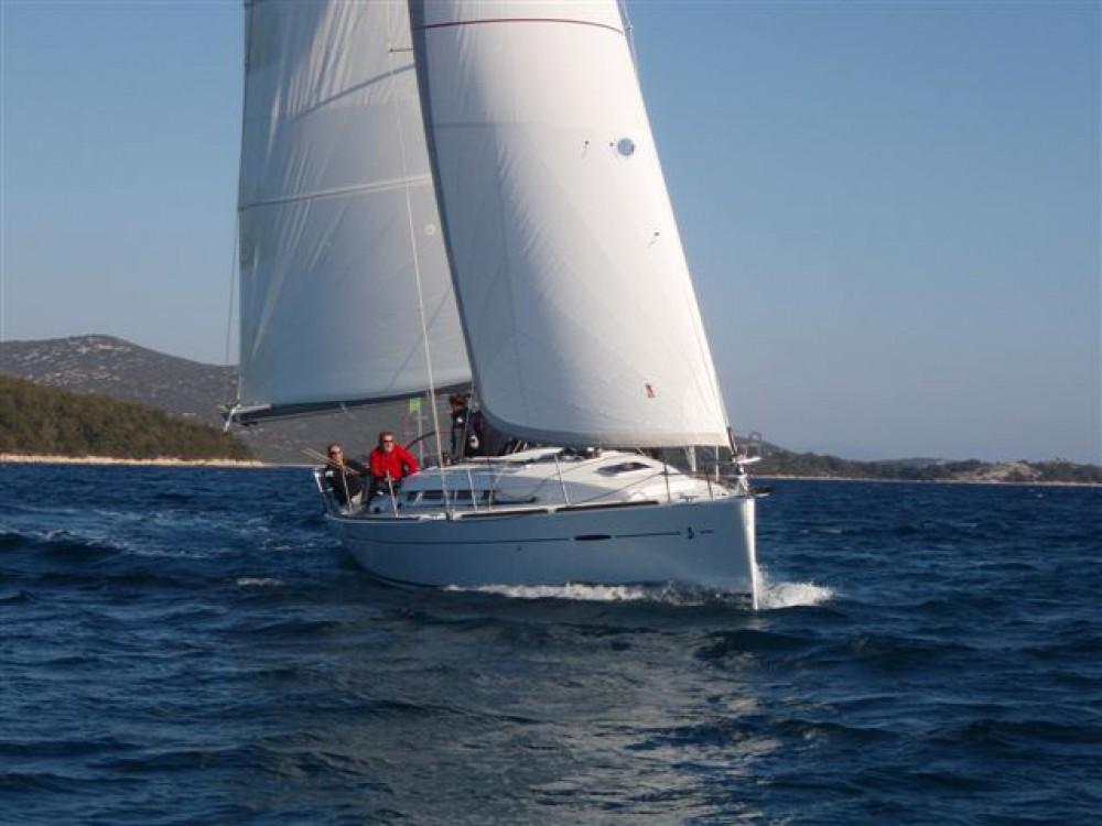 Huur Zeilboot met of zonder schipper Bénéteau in Murter