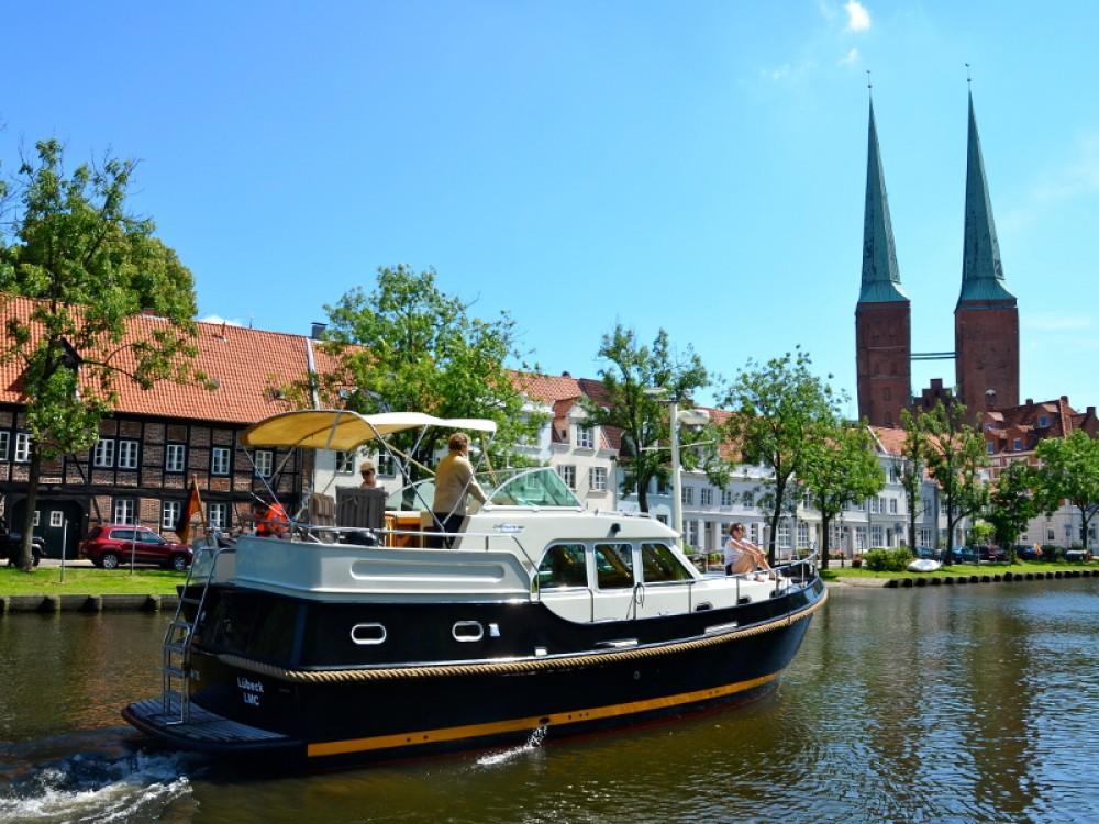 Huur Motorboot met of zonder schipper Linssen in Lübeck