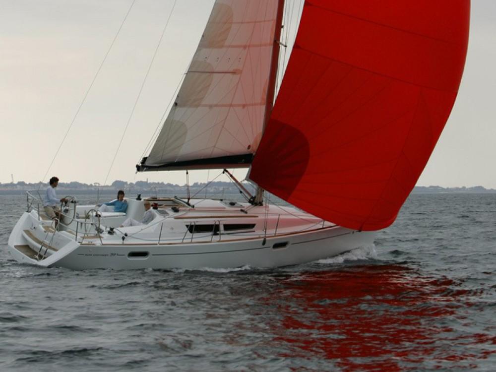 Jachthuur in Nikiana - Jeanneau Sun Odyssey 39i via SamBoat