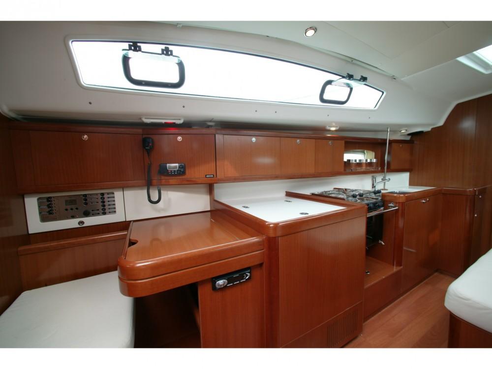 Verhuur Zeilboot in Furnari - Bénéteau Oceanis 40