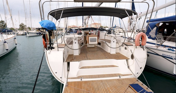 Bavaria Bavaria 45 Cruiser te huur van particulier of professional in Kavala