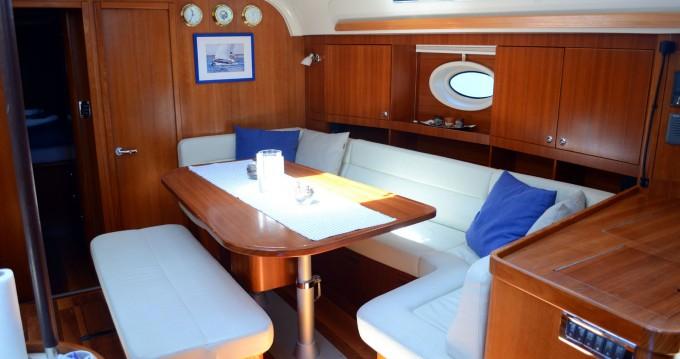 Huur Zeilboot met of zonder schipper Elan in Ploče