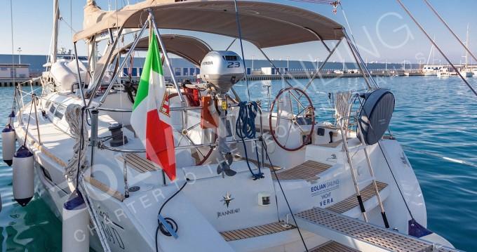 Verhuur Zeilboot in Capo d'Orlando - Jeanneau Jeanneau S.O. 42i