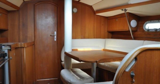 Bootverhuur Jeanneau Sun Odyssey 33 in Pálairos via SamBoat