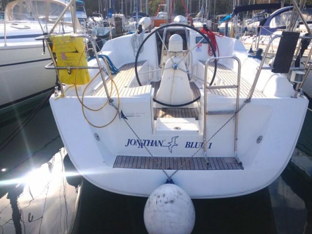 Bootverhuur Dufour Dufour 325 in Izola / Isola via SamBoat