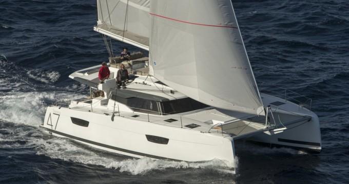 Verhuur Catamaran in Castiglioncello - Fountaine Pajot Saona 47