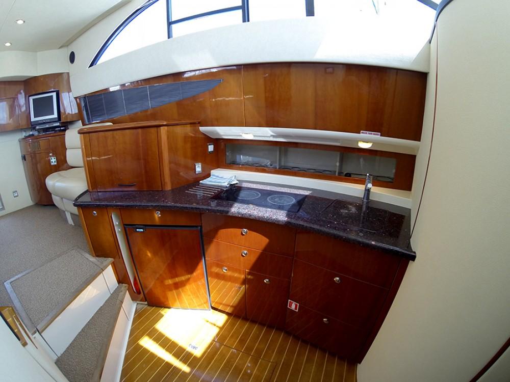 Huur Motorboot met of zonder schipper Fairline in Šibenik