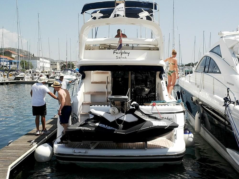 Verhuur Motorboot in Šibenik - Fairline Fairline Phantom 40