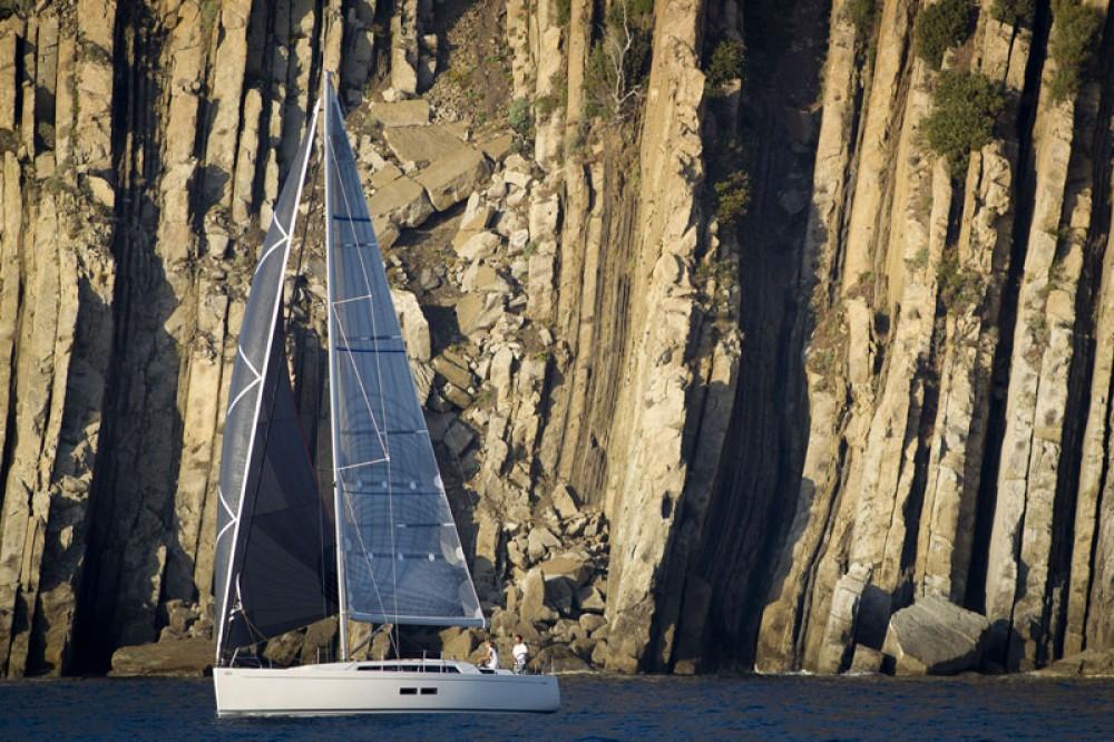 Huur Zeilboot met of zonder schipper Grand Soleil in Šibenik