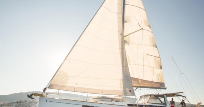 Huur een Bénéteau Oceanis 48 in Skiathos