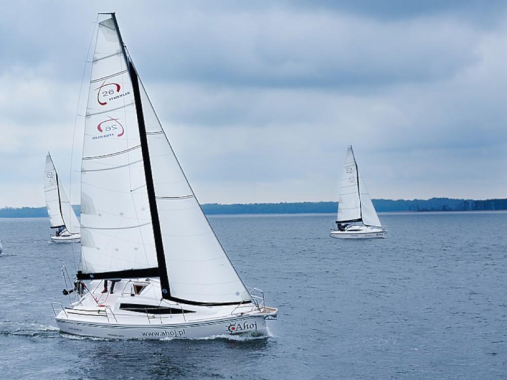 Verhuur Zeilboot in Węgorzewo - Northman Maxus 26 Prestige 8/1
