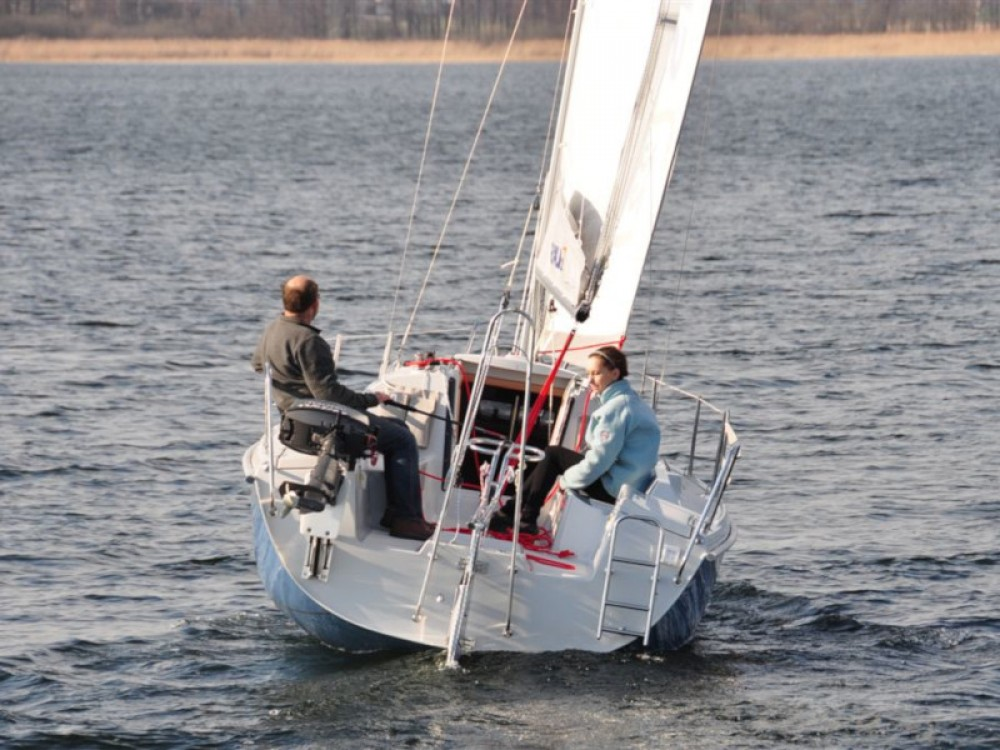 Jachthuur in Port PTTK Wilkasy - Northman Maxus 22 Standard via SamBoat