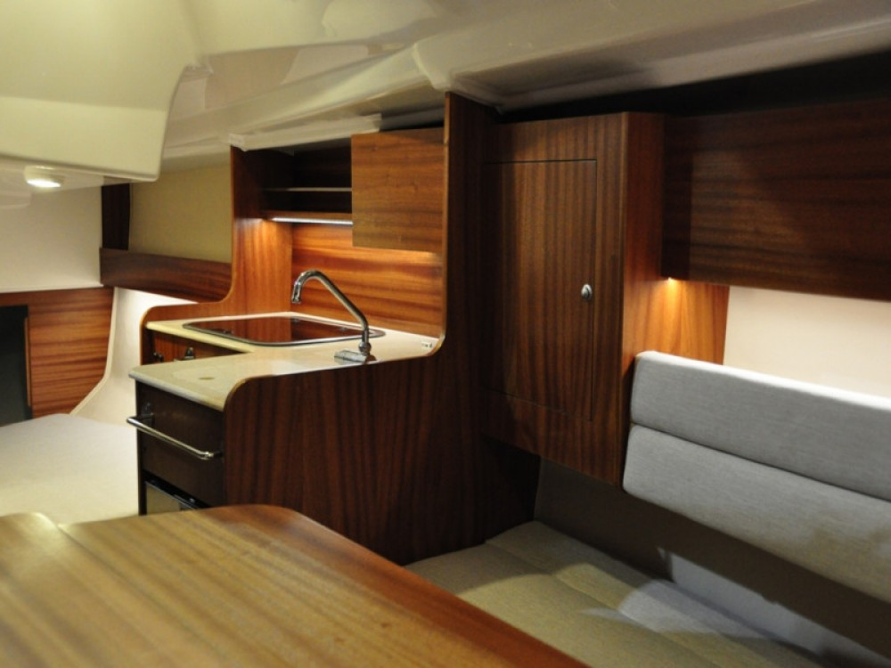 Verhuur Zeilboot in Port PTTK Wilkasy - Northman Maxus evo 24 Prestige