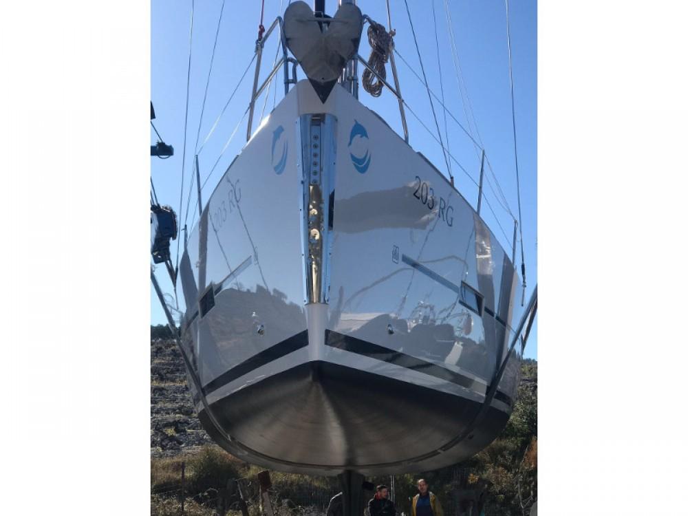 Bootverhuur Dufour Dufour 410 Grand Large in Primošten via SamBoat