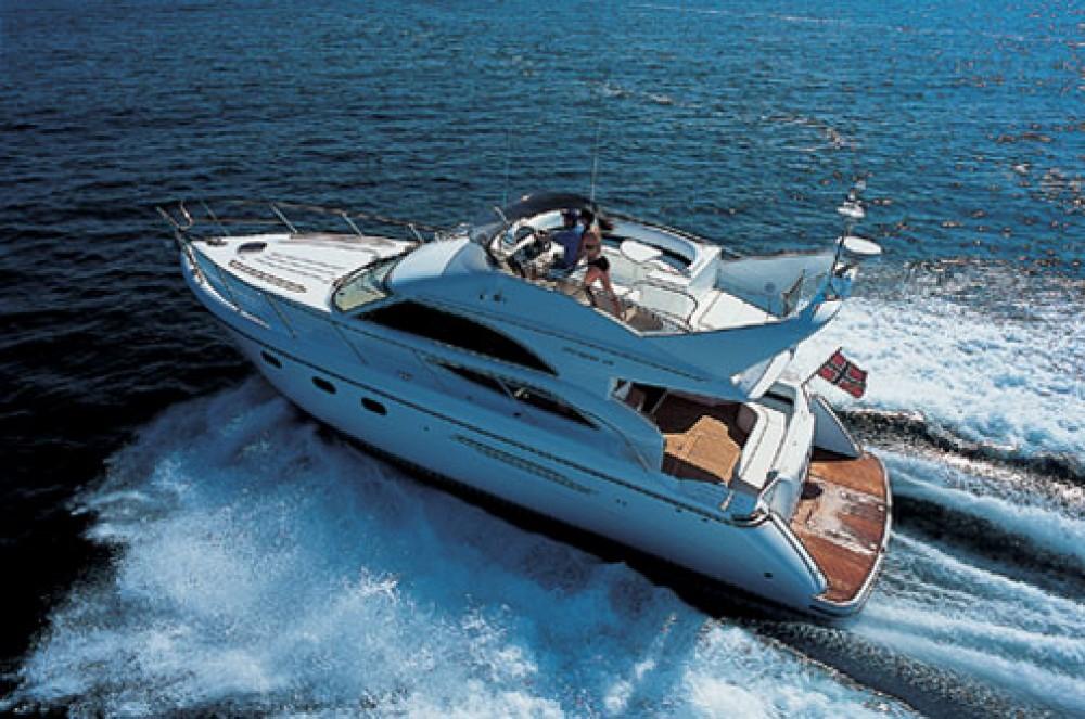 Motorboot te huur in Marina Gouvia voor de beste prijs