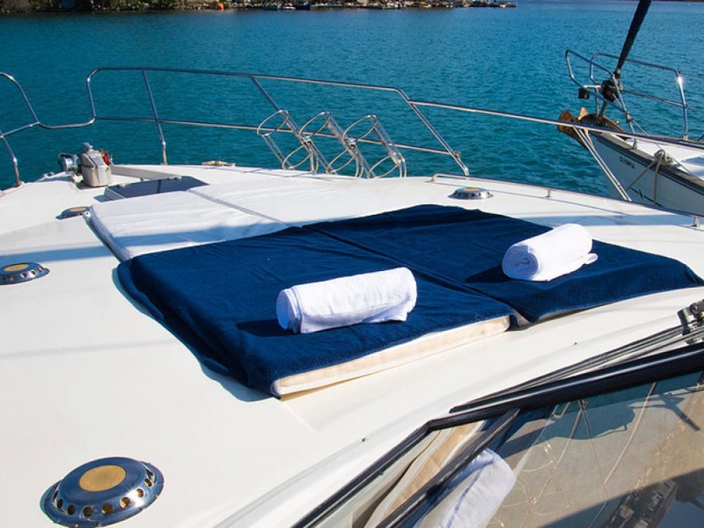 Verhuur Motorboot in Marina Gouvia - Princess Princess 45