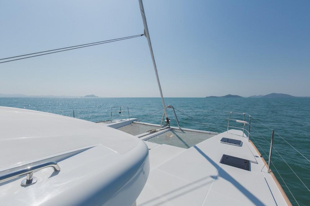 Lagoon Lagoon 52F te huur van particulier of professional in Phuket
