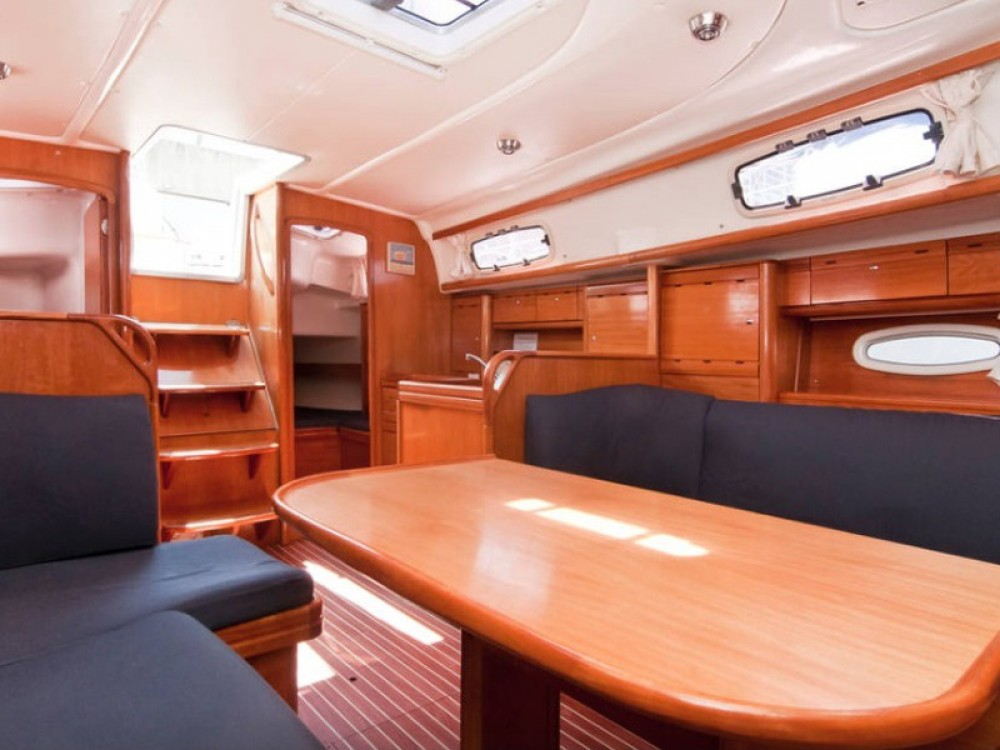 Jachthuur in Barcelona - Bavaria Bavaria 37 Cruiser via SamBoat