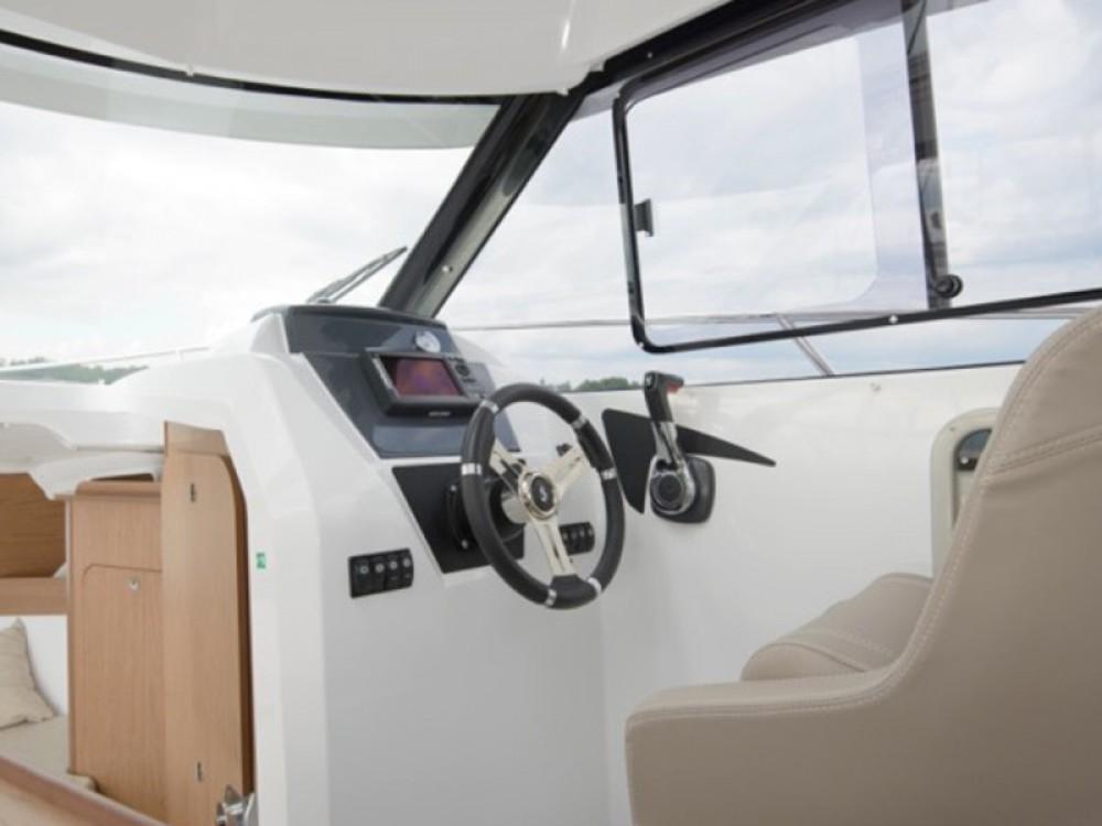 Huur Zeilboot met of zonder schipper Bénéteau in ACI Marina Trogir