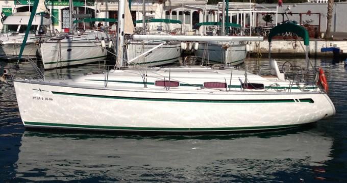 Verhuur Zeilboot in Port de Sitges Aiguadolç - Bavaria Bavaria 30 Cruiser