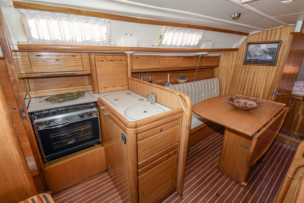 Verhuur Zeilboot in Port esportiu d'Aiguadolç - Bavaria Bavaria 30 Cruiser