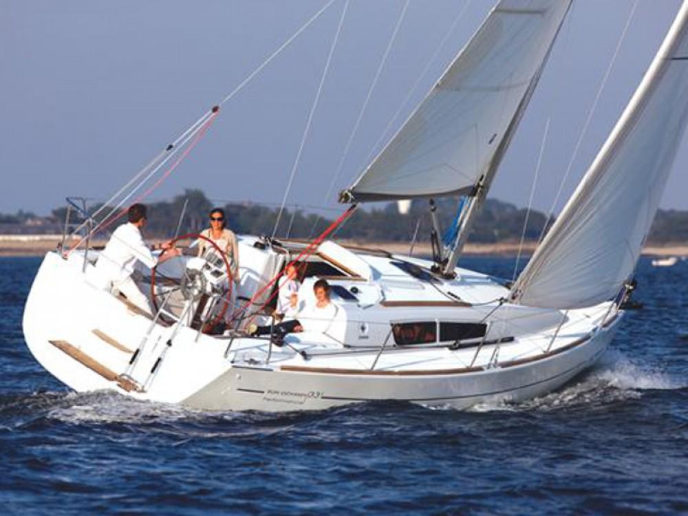 Huur een Jeanneau Sun Odyssey 36i in San Vincenzo