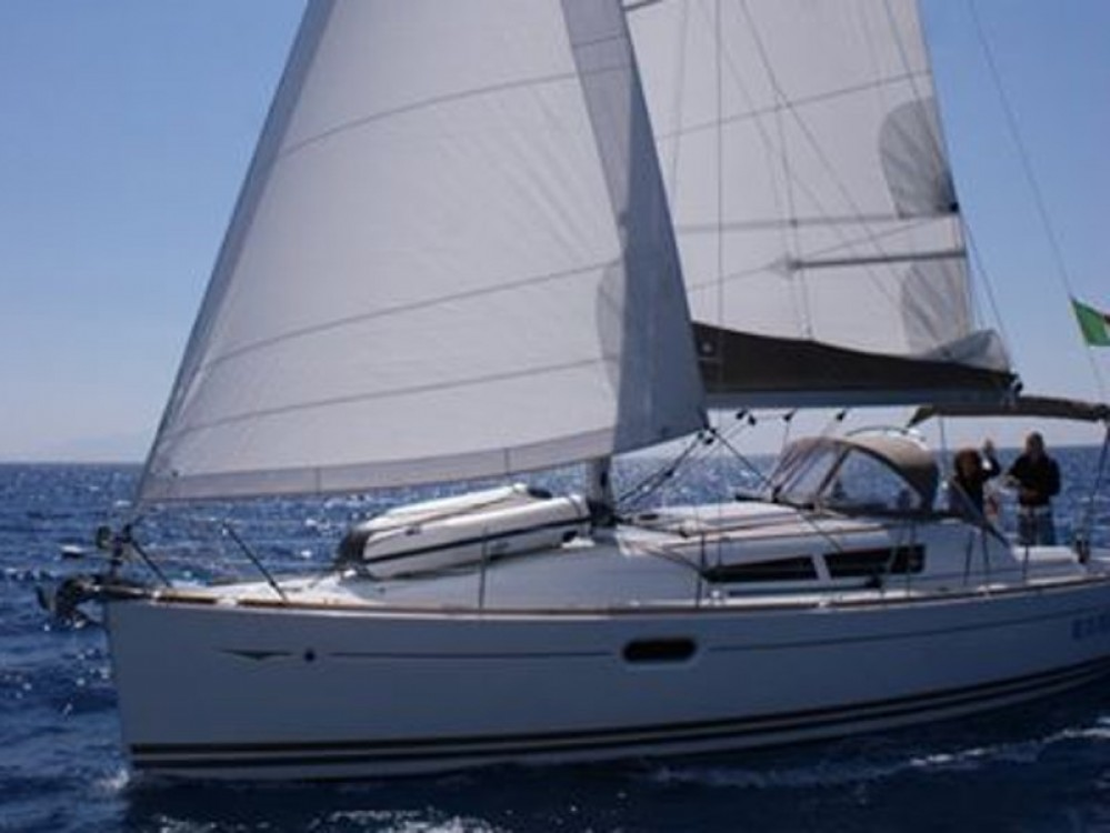 Jeanneau Sun Odyssey 36i te huur van particulier of professional in San Vincenzo
